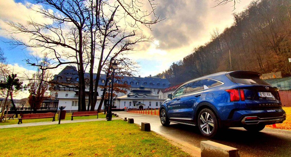 test drive KIA Sorento 1.6 T-GDI Hybrid AT6 2021, drive test, autolatest , whattruck, test romania KIA Sorento 1.6 T-GDI Hybrid AT6 2021, pret discount KIA Sorento 1.6 T-GDI Hybrid AT6 2021, review KIA Sorento 1.6 T-GDI Hybrid AT6 2021, 0-100 km/h, viteza maxima , consum real benzina, kia rom auto KIA Sorento 1.6 T-GDI Hybrid AT6 2021, KIA Sorento 1.6 T-GDI Hybrid AT6 2021 vs hyundai santa fe 2021, KIA Sorento 1.6 T-GDI Hybrid AT6 2021 vs skoda kodiaq hybrid