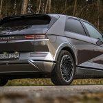 fisa tehnica Hyundai Ioniq 5 AWD 306 CP 2021, pret Hyundai Ioniq 5 AWD 306 CP 2021, test drive Hyundai Ioniq 5 AWD 306 CP 2021, drive test, motoare, acumulator, review, 0-100 km/h