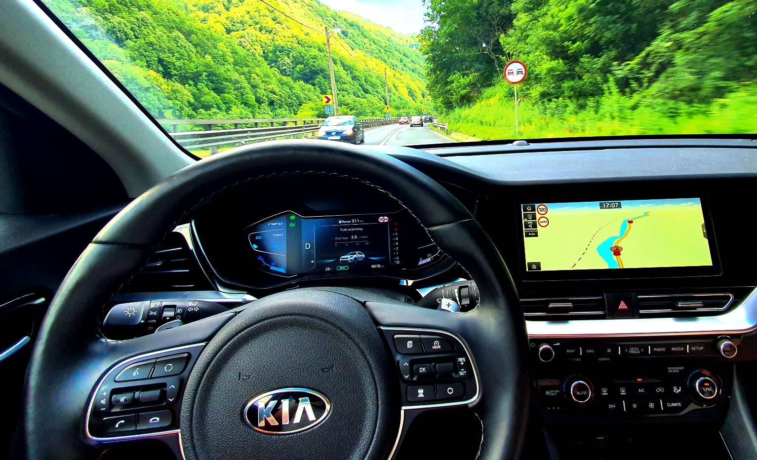 KIA Niro Hybrid 1.6 GDI HEV 6DCT Comfort 2021, teste auto, autolaetst, review KIA Niro Hybrid 1.6 GDI HEV 6DCT Comfort 2021, consum real KIA Niro Hybrid 1.6 GDI HEV 6DCT Comfort 2021, kia blog, fuel consumption kia niro 2021, date tehnice