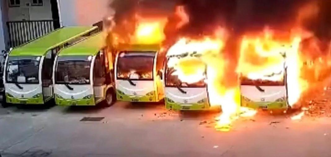 autobuz electric ev, incendiu autouz electric, explozie autobuz electric